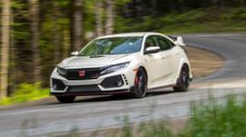 Honda Civic Type R được đánh giá mạnh ngang siêu xe